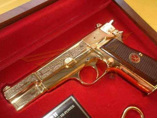 Altın Kaplama Silah
